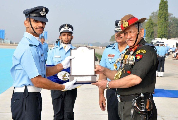 reasons to join the indian air force