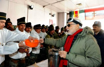 Modi with Indian Army