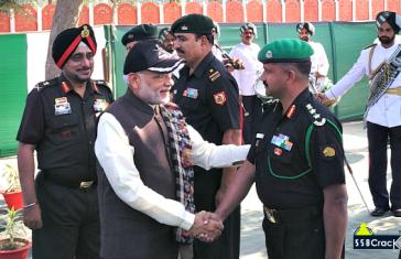 PM Modi Diwali With Army