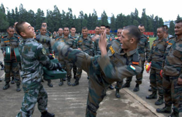 China vs Indian Fight Army