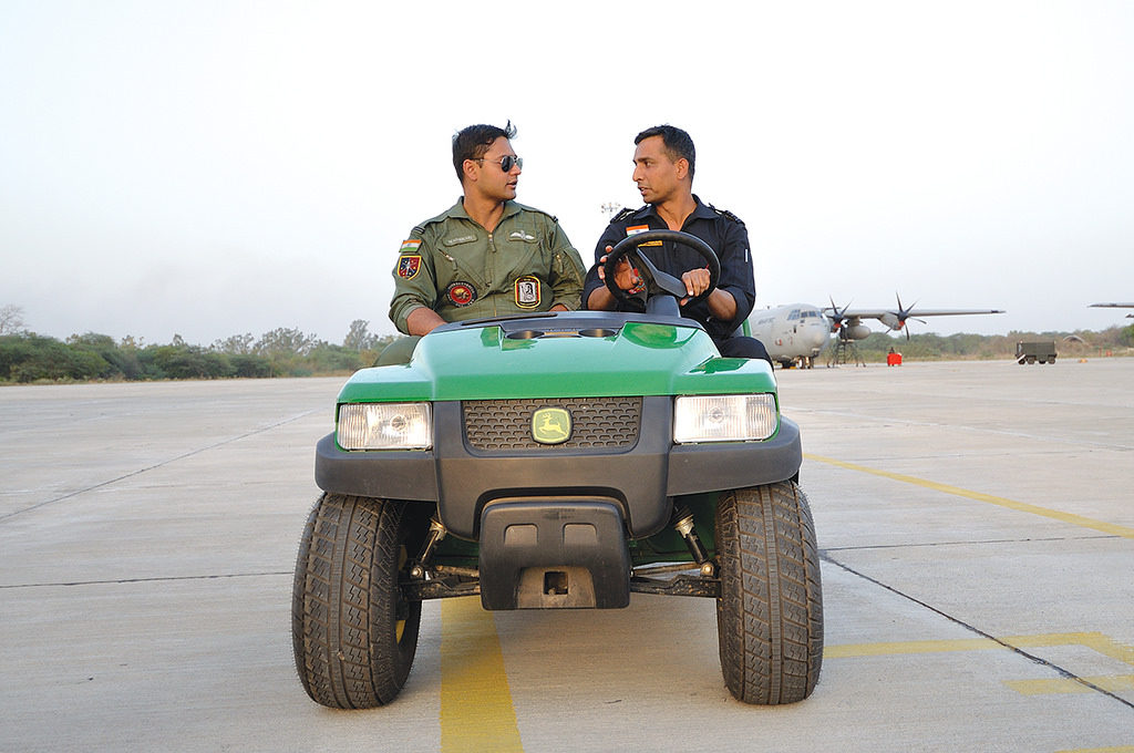 Pilot and Aircraft engineer on Patrol