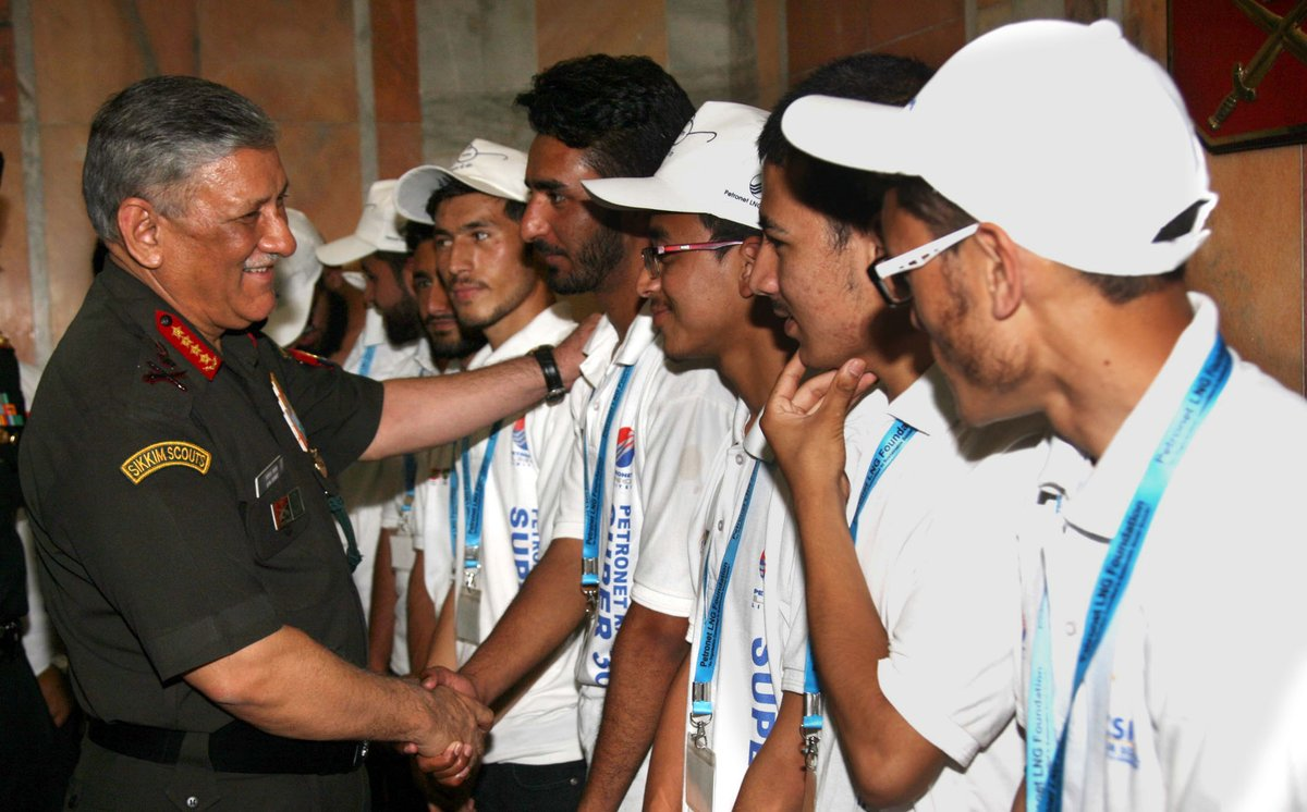 Gen Rawat interacting with the boys