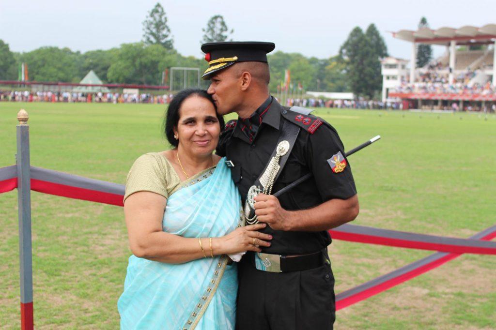 Lt. Hitesh Kumar with his mother
