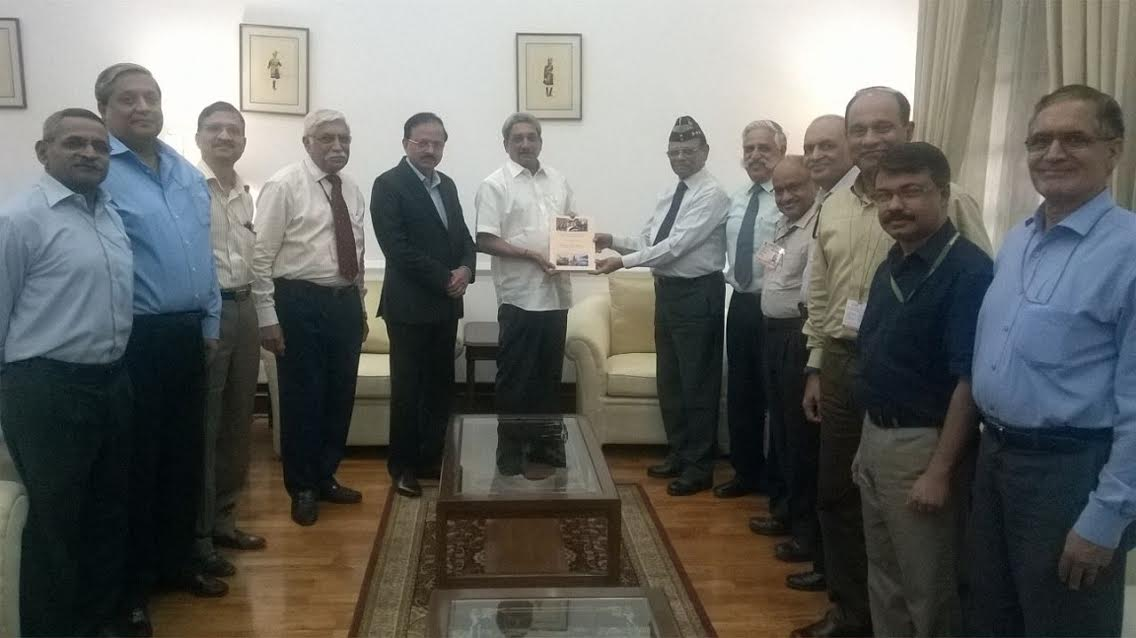 Shekatkar Committee submitting its report