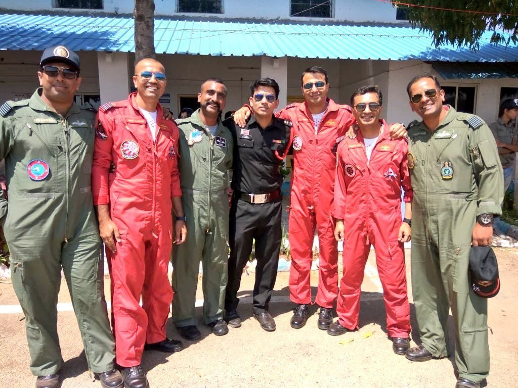 Wing Commander Abhinandan With Fellow IAF Fighters