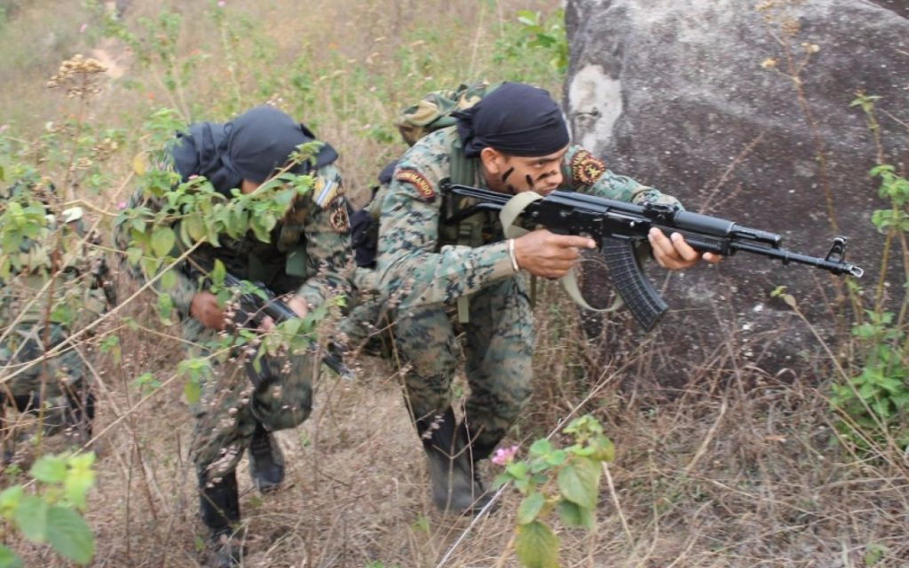 A buddy pair of Commando's in action