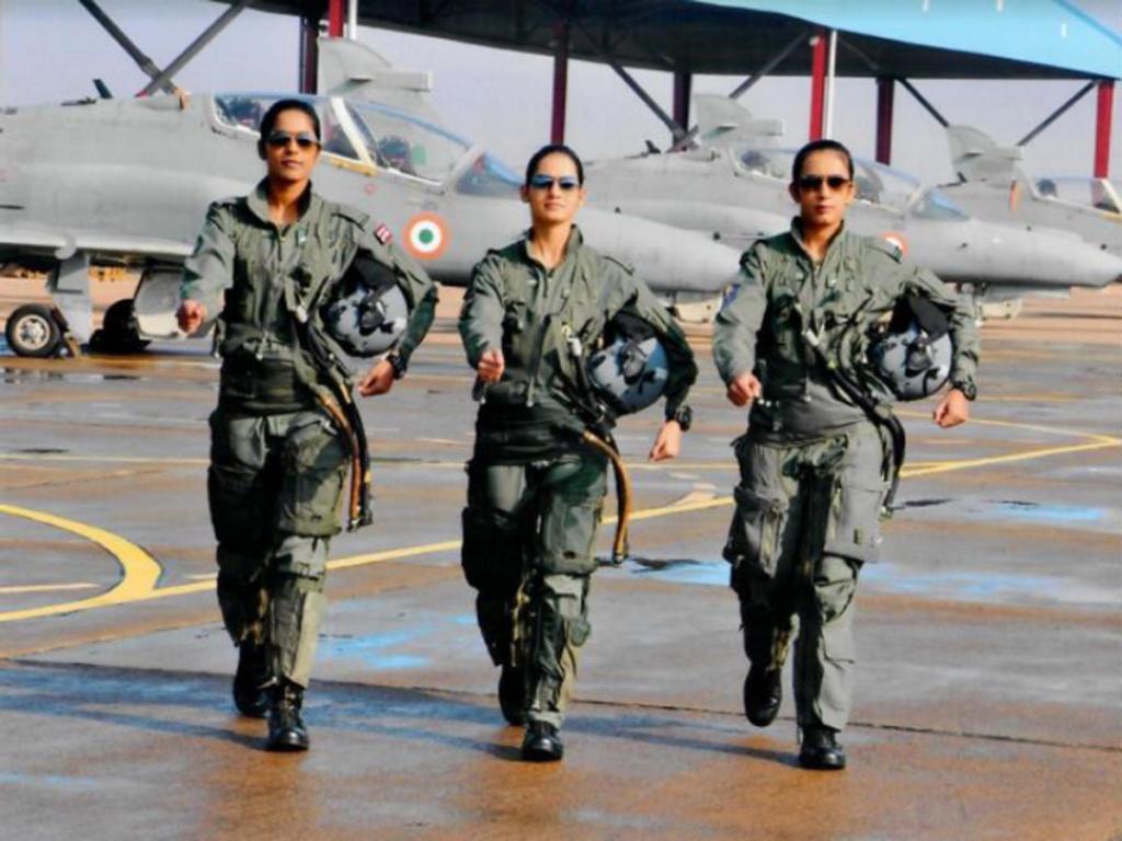 5 Things You Must Know About Flight Lt Gunjan Saxena The Kargil Girl