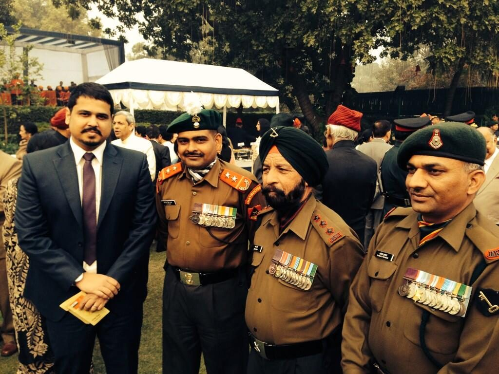 Grenadier Yogendra Singh Yadav, Naib Subedar Bana Singh and Sanjay Kumar the only three living PVC awardees with journalist Shiv Aroor