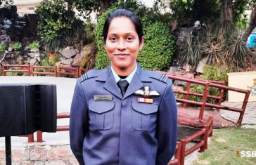 Flight Lieutenant Bhawana Kanth 1st Woman Fighter Pilot To Take Part In R Day Parade