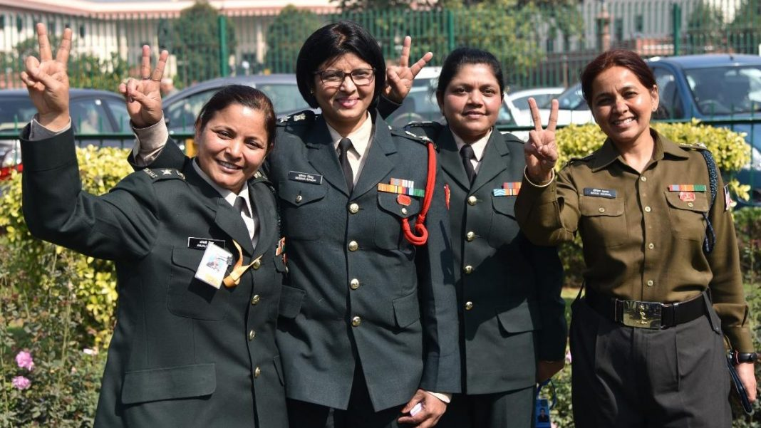 women officer colonel